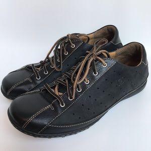 Born Hawkeye black leather sneaker- 11